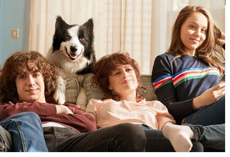 Pack Open, internet, tv, fixe et forfait mobile à prix avantageux, des remises sur les forfaits mobile Orange, jusqu'à 4 forfaits supplémentaires pour votre famille