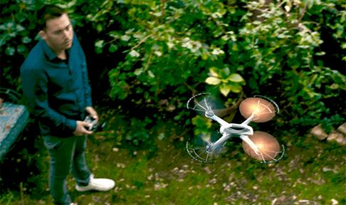 Zig Zag Drone Orange Noel 2017 vue 2